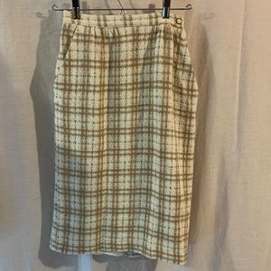Vintage plaid pencil skirt with pockets